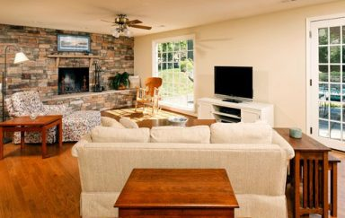 Spring Decorating Ideas for the Family Room