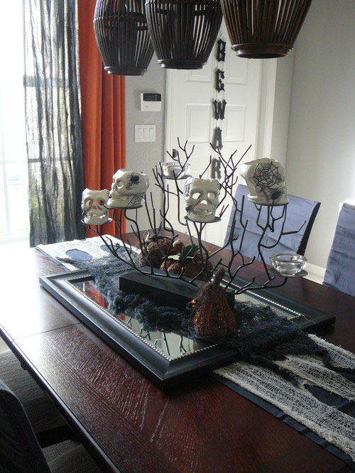 Haunted houses halloween home decorating ideas case design for Haunted dining room ideas