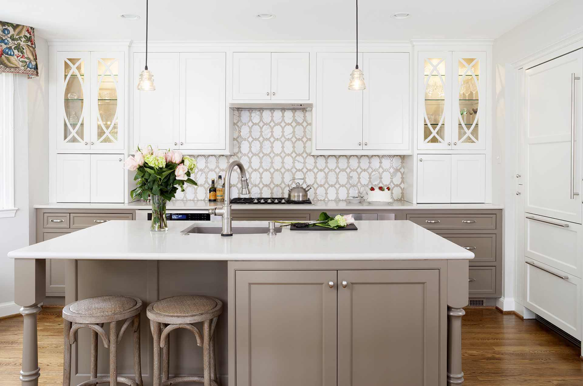 Top 10 Small Kitchen Design Tips – Kitchen Square Footage