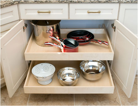3 Things to Include in Your New Kitchen Cabinet Design | Case